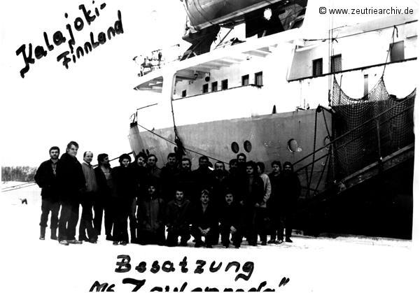 Besatzung vom Schiff MS Zeulenroda in Kalajoki Finnland