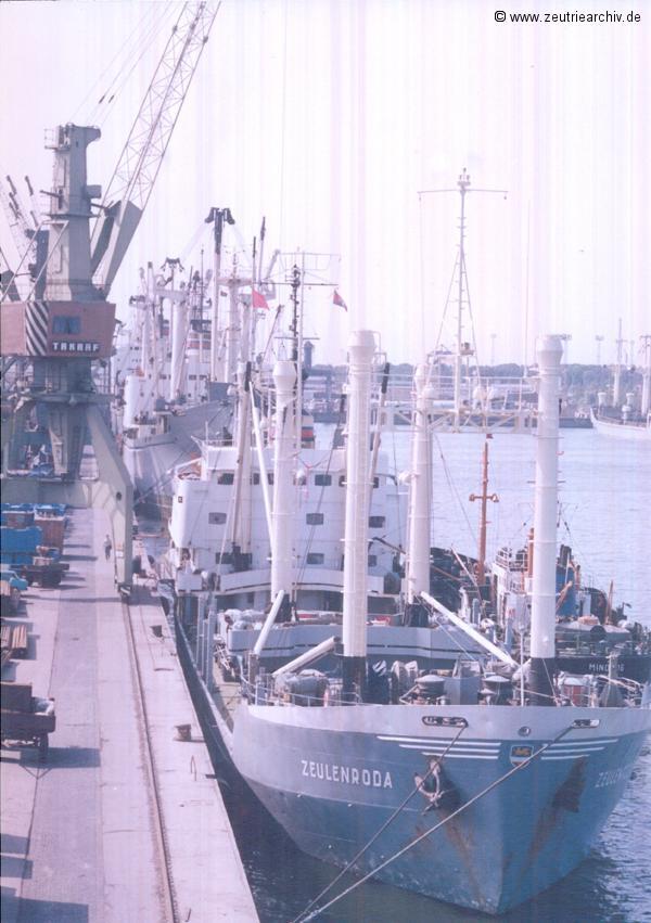Die MS Zeulenroda im Hafen